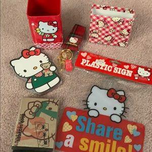 Hello Kitty set of 6 items